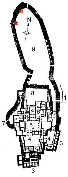 A plan of the fortress of Tiryns.