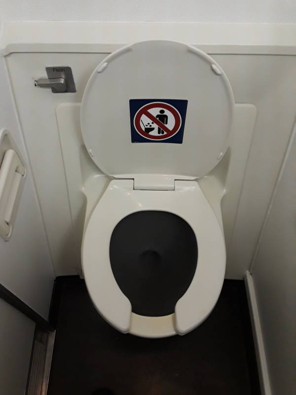Aircraft Toilets / Toilets of the World