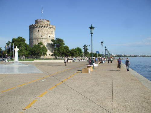The White Tower on the waterfront in Thessaloniki.