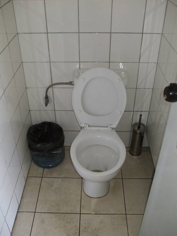 Cool Greek Toilets Toilets Of The World Unemploymentrelief Wooden Chair Designs For Living Room Unemploymentrelieforg