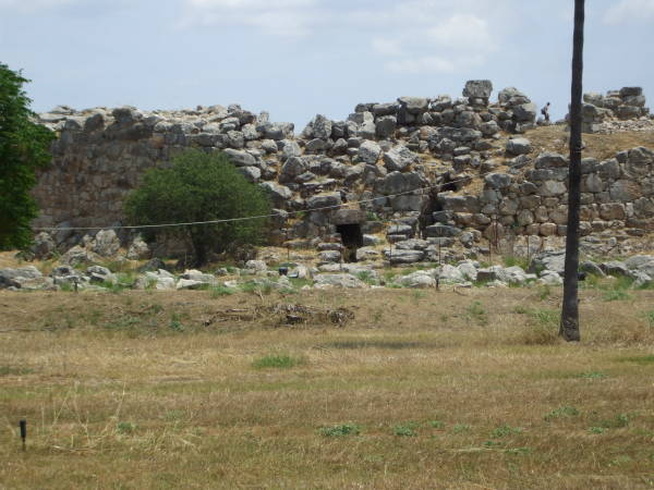 Massive exterior stone walls of Tiryns.