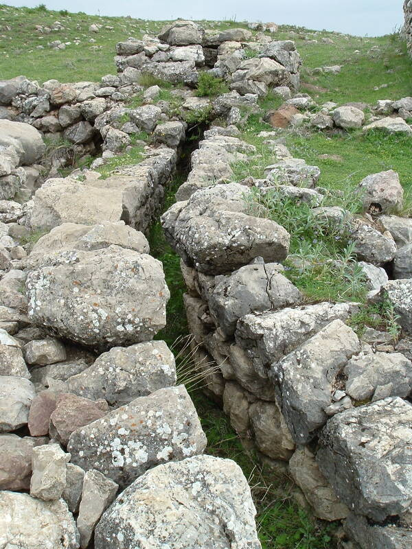 Sewage drain in the Phrygian settlement built on the capital of Hatuşaş or Hattusha.