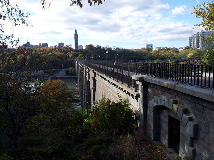 Looking west from the Bronx toward Manhattan along the Croton Aqueduct High Bridge.