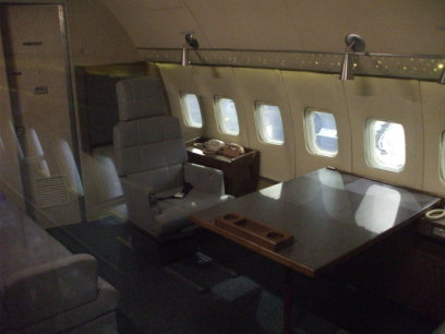 Toilet on board SAM 26000, first Presidential aircraft designated as 'Air Force One', used by U.S. Presidents Kennedy, Johnson, Nixon, Ford, Carter, Reagan, George H. W. Bush, and Clinton.