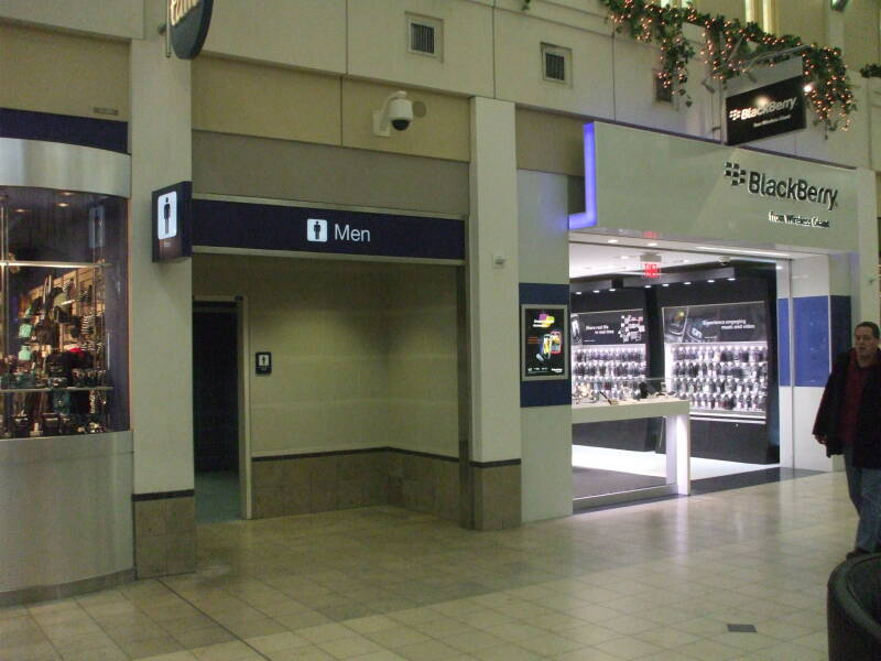 Entry to men's restroom where U.S. Senator Larry Craig was arrested at Minneapolis-St Paul International Airport (MSP).